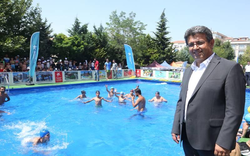 Küçükçekmece'de Portatif Havuz