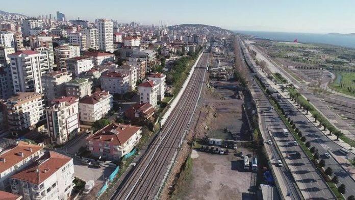Halkalı-Gebze banliyö hattında sona yaklaşıldı